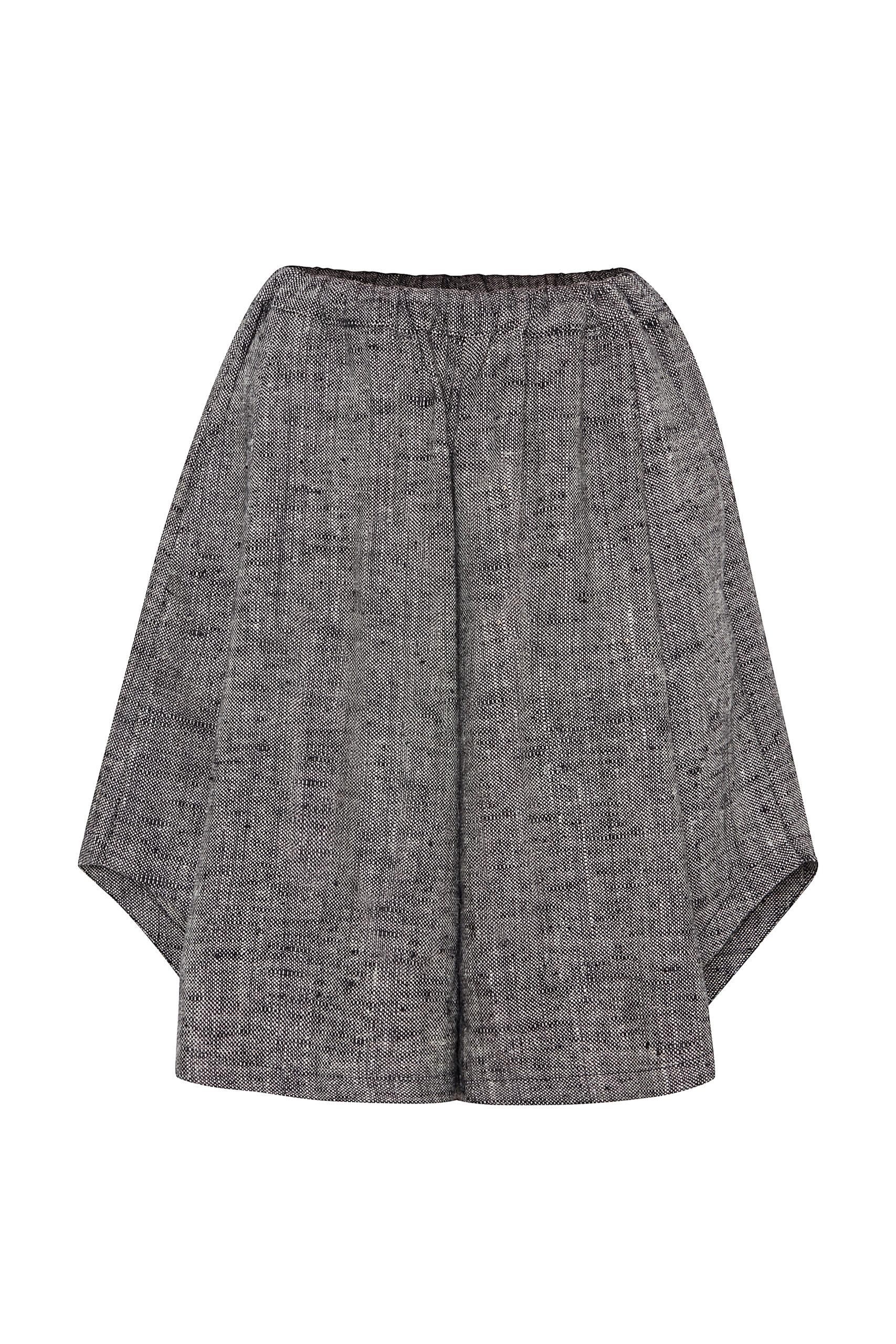 Shorts Sustainable luxury fashion.